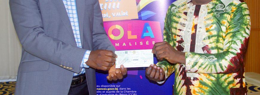 Tombola des factures normalisées : Des chèques de 500 000 à 100 000 francs CFA distribués